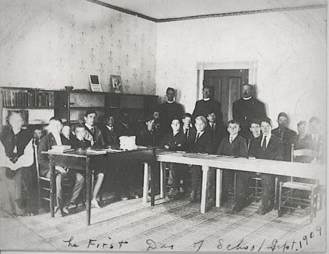 Patterson's first class in 1909!